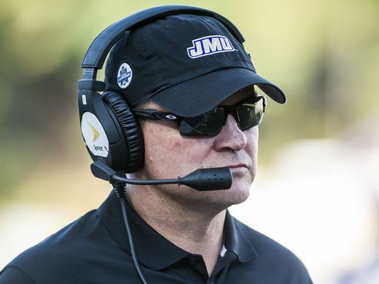 Mike Houston will be named the new head football coach at East Carolina according to multiple sources.