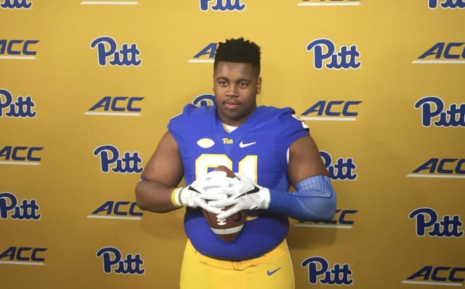 Tyler Bentley suits up in blue-and-gold during his official visit