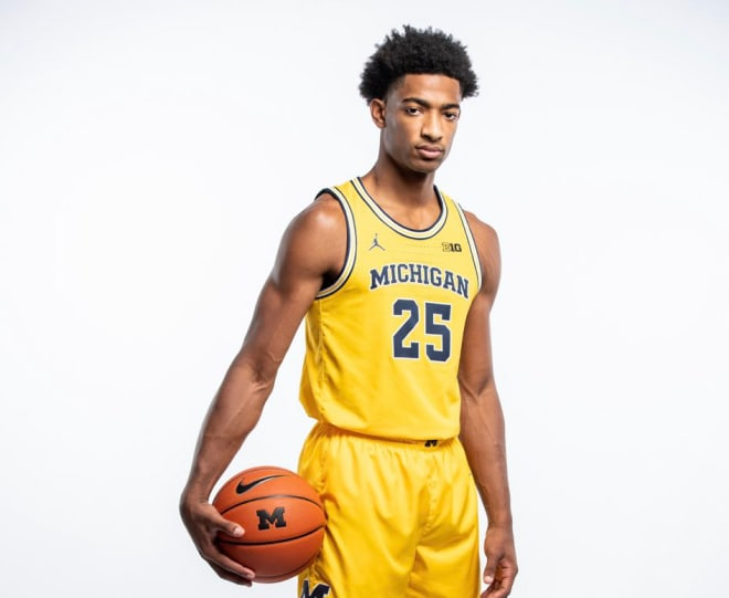 Michigan Wolverines basketball freshman Jace Howard averaged 10.8 points and 6.3 rebounds per game as a prep senior.