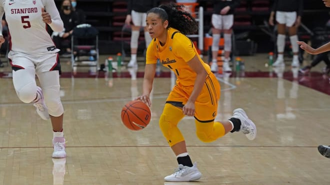 Cal sophomore Leilani McIntosh pushes the ball in transition
