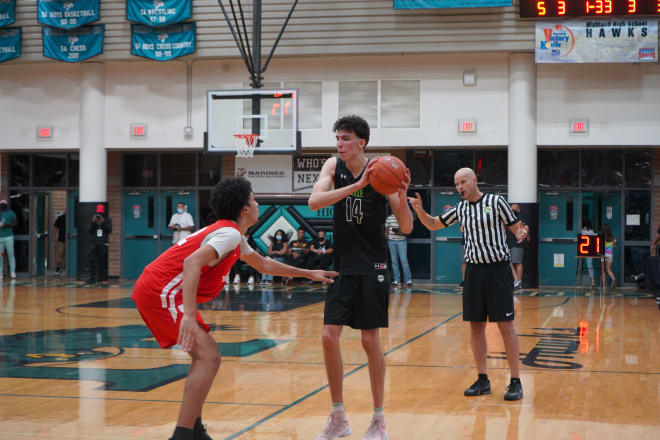 Chet Holmgren surveys court before making electrifying play igniting a 20 -0 run helping them erase 24 point deficit in second half.