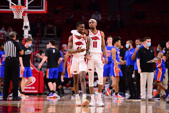Arkansas won its seventh straight SEC game by beating Florida on Tuesday.