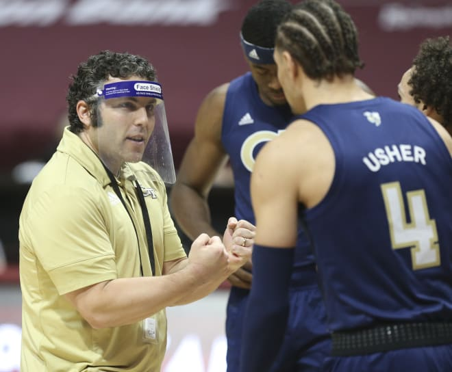 Pastner encouraging his team during a timeout