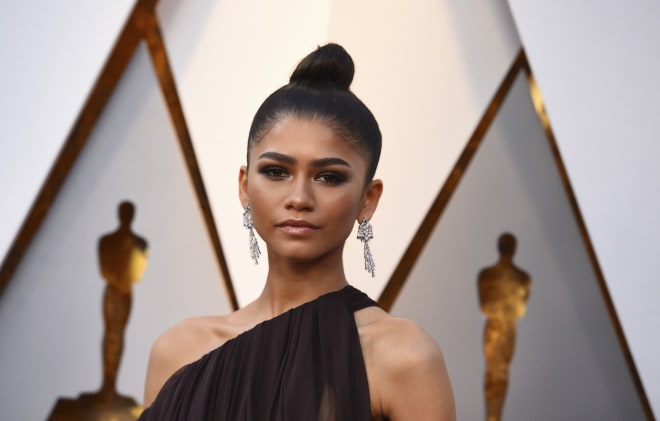 Zendaya arrives at the 90th Academy Awards at Dolby Theatre