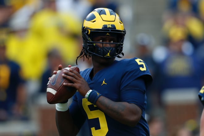 Former Michigan Wolverines football quarterback Joe Milton threw for a career-high 344 yards at Indiana in 2020.