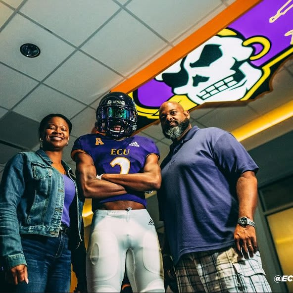 Page cornerback CJ Crump adds to a growing group of 2020 ECU Pirate commitments.