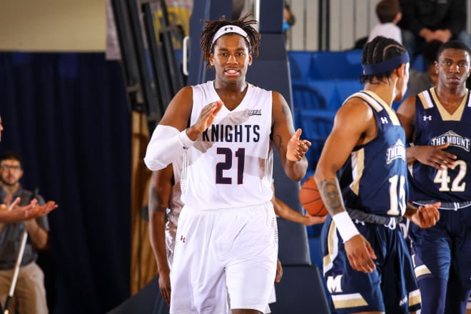 Elyjah Williams will return to his hometown of Evanston for his final season of eligibility.