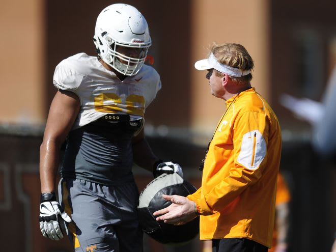 Marcus Tatum in 2017 working with then-Tennessee offensive line coach Walt Wells.