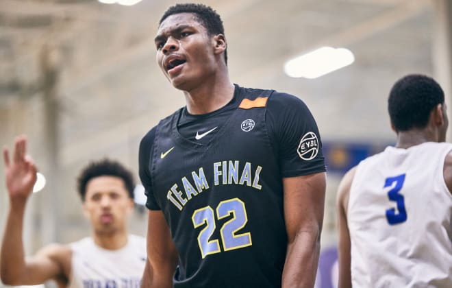 What is Notre Dame getting in Elijah Taylor?