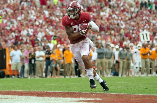 Alabama tight end Irv Smith Jr. catches a touchdown pass against Tennessee. Photo   USA Today