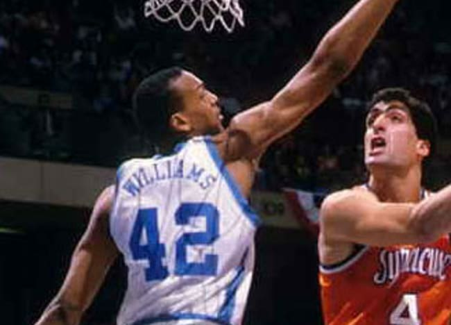 Podcast: 3x NBA Champ Scott Williams on Michael Jordan, Dean Smith, Hubert Davis, and more