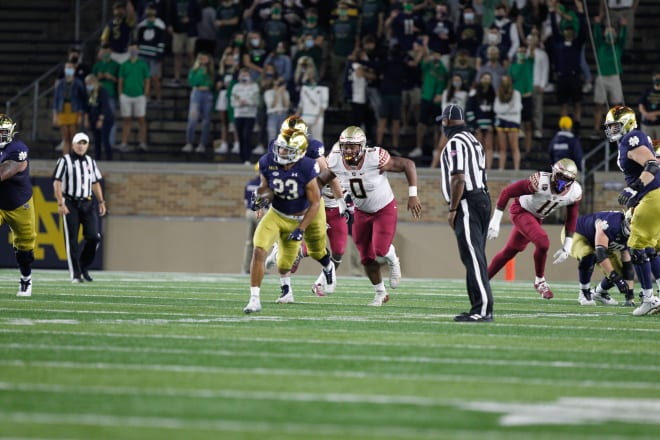 Notre Dame's offensive line helped propel Kyren Williams (23) to 185 rushing yards.