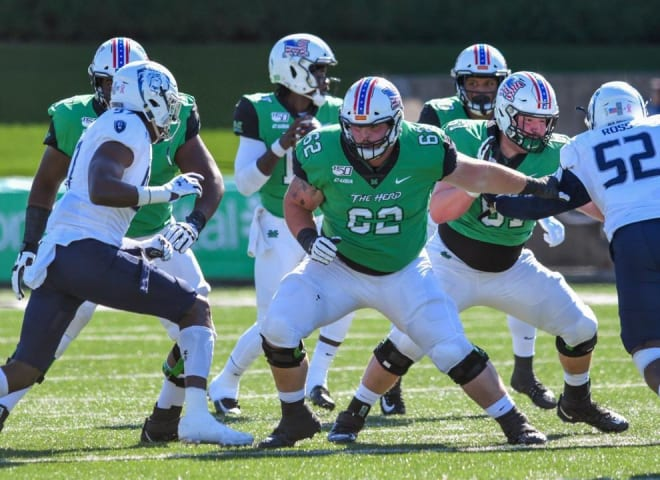 Notre Dame Fighting Irish football offensive guard Cain Madden
