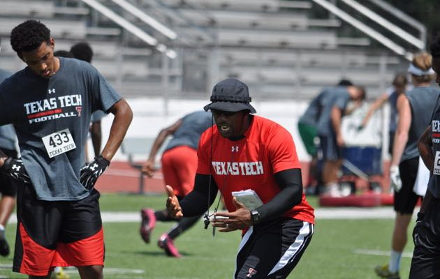 Emmett Jones coaching the WR group at a Texas Tech satellite camp this past summer.