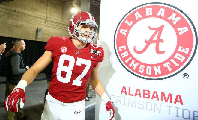 Alabama Crimson Tide tight end Miller Forristall (87) walks to the field before the 2017 College Football Playoff National Championship Game against the Clemson Tigers at Raymond James Stadium. Photo | USA Today