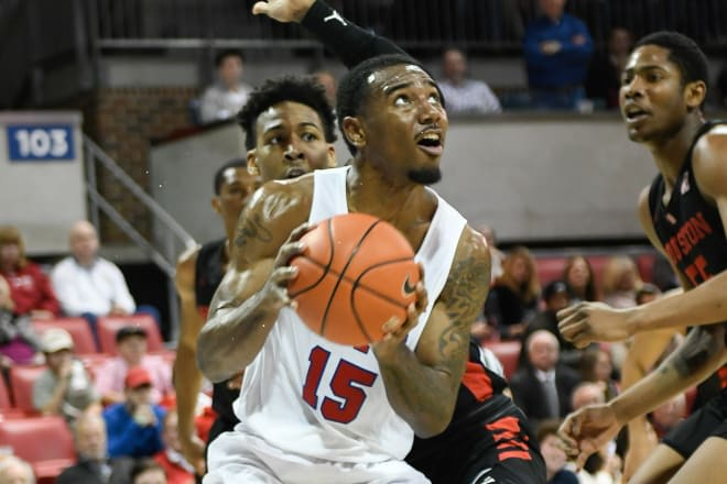 Junior forward Isiaha Mike and the SMU Mustangs will host East Carolina Wednesday night on ESPN3.