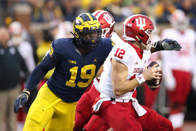 Michigan Wolverines football's Kwity Paye