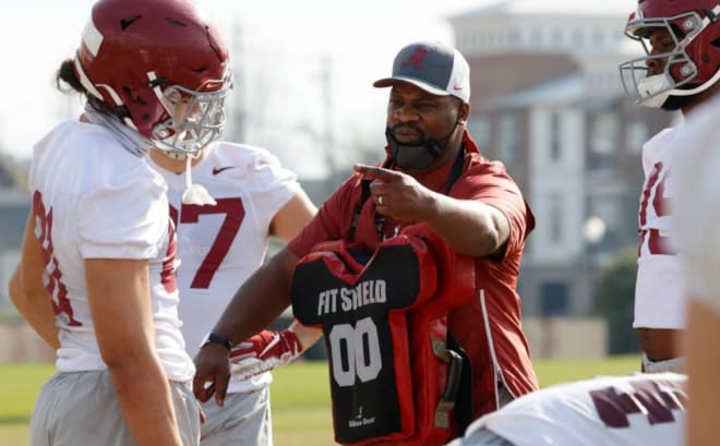 Former Alabama tight ends and special teams coach Jay Graham instructs players during practice. Photo | Alabama Athletics