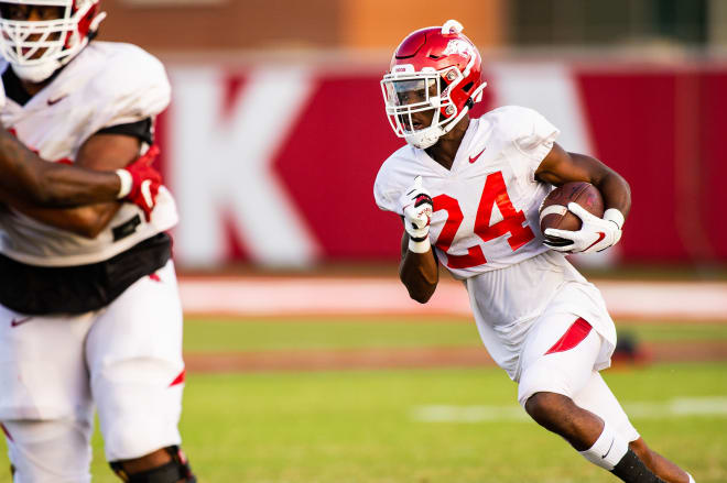 A'Montae Spivey is a redshirt freshman at Arkansas.