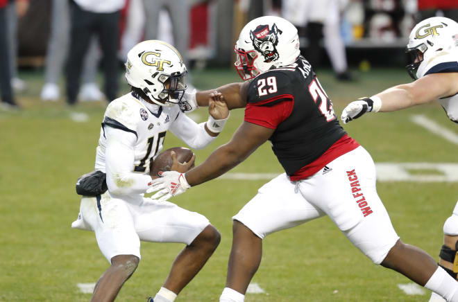 NC State Wolfpack football Alim McNeill