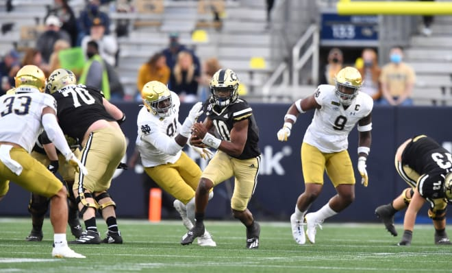 The Top Notre Dame Football Players In The 31 13 Win Over Georgia Tech
