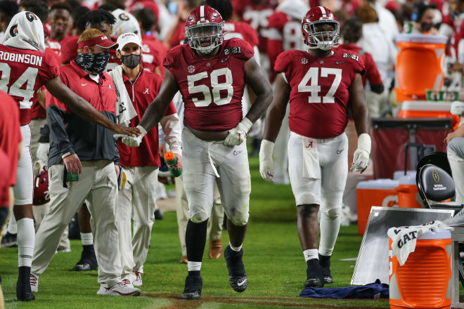 Alabama defensive lineman Christian Barmore (58) is one of several Crimson Tide players with draft decisions to make. Photo | Getty Images