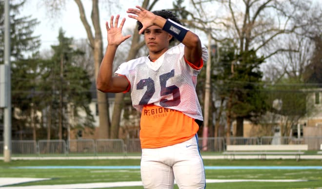 Rivals100 wide receiver Tyler Morris holds a Michigan Wolverines football recruiting offer.