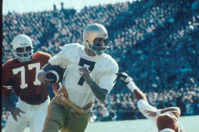 Notre Dame Fighting Irish football quarterback Joe Theisman