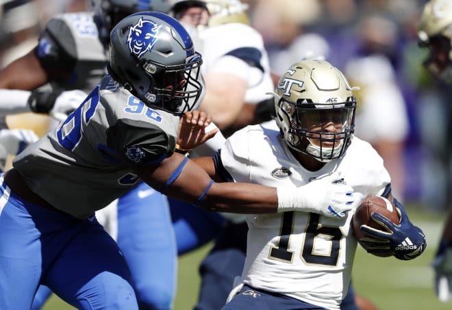 Duke defensive end Chris Rumph II (left) makes a tackle against Georgia Tech. According to Pro Football Focus, Rumph is the best edge defender Notre Dame will face in 2020.