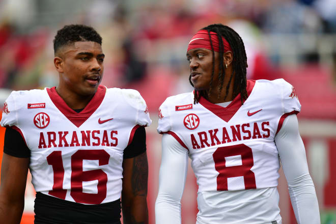 Treylon Burks and Mike Woods each caught a touchdown in Saturday's spring game.