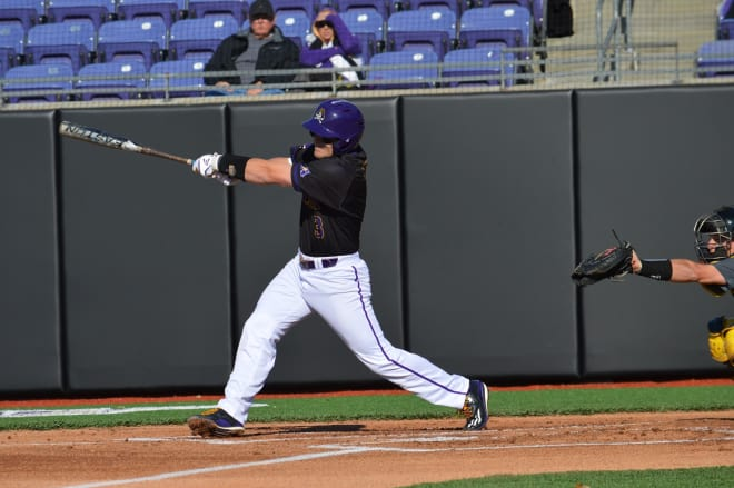 (8)East Carolina comes back from a 3-0 deficit to take a 9-4 win over Duke in Durham on Tuesday.