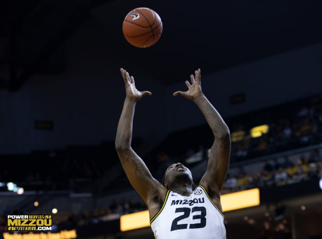Jeremiah Tilmon and Missouri will face their first significant test of the season with a neutral-site matchup against Oregon.