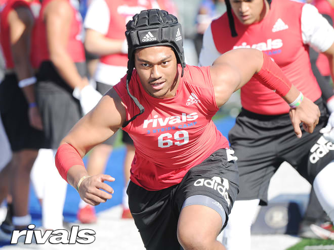 """Notre Dame has surged to the top of top-100 linebacker Niuafe """"Junior"""" Tuihalamaka's list since it offered in January"""