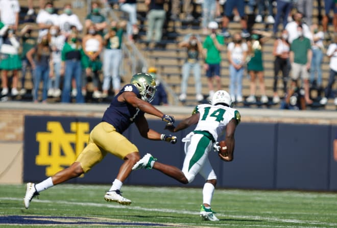 Isaiah Foskey and the Notre Dame defense put forth a dominant day against USF.
