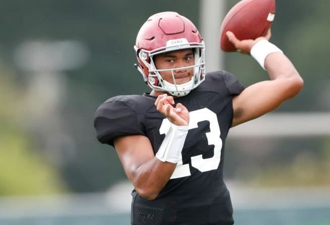 Tua Tagovailoa enters his junior season at Alabama