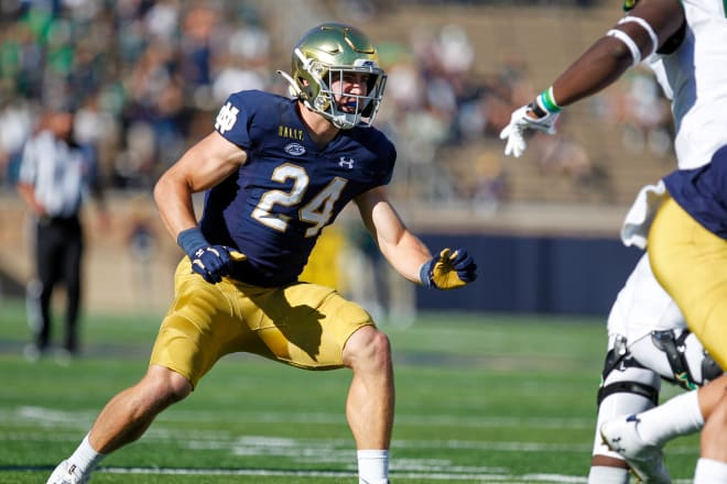 Notre Dame Fighting Irish football junior linebacker Jack Kiser