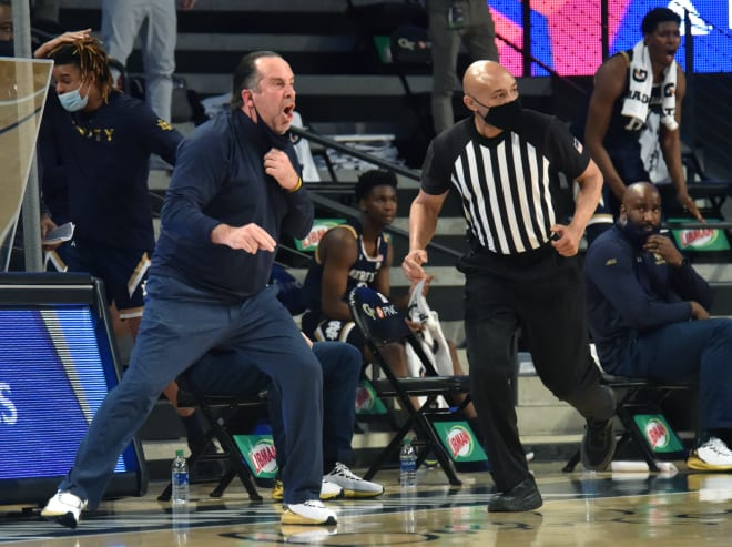 Notre Dame squandered a 50-35 halftime lead in an 82-80 loss at Georgia Tech.