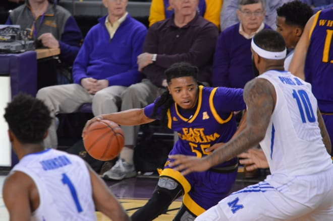 East Carolina falls short on the road in Memphis in the last regular season game of the year.
