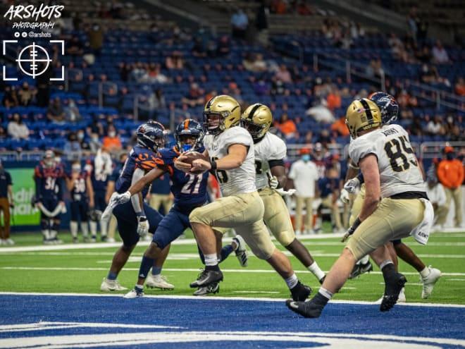 TOUCHDOWN - Freshman quarterback, Cade Ballard