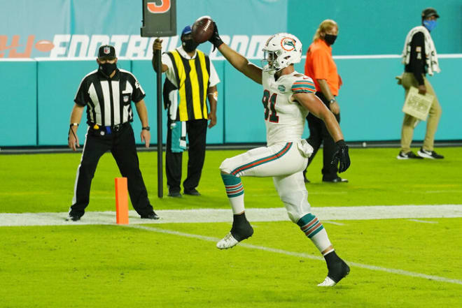 Former Notre Dame and current Miami Dolphins tight end Durham Smythe