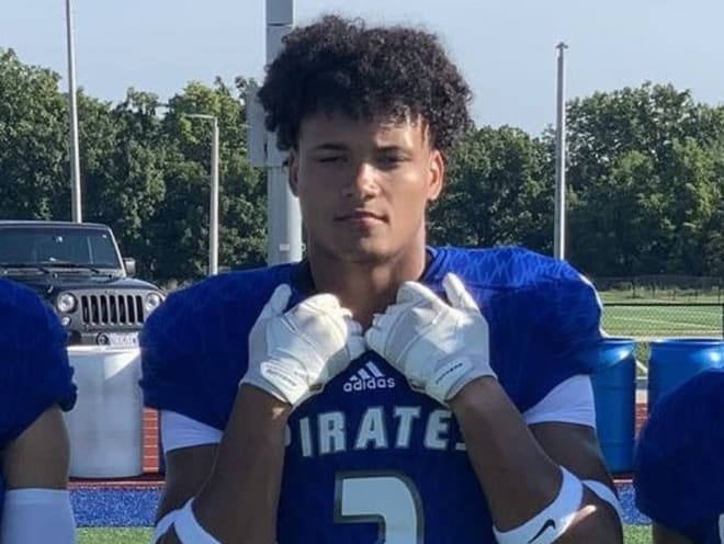2022 Kansas State defensive end target DJ Wesolak