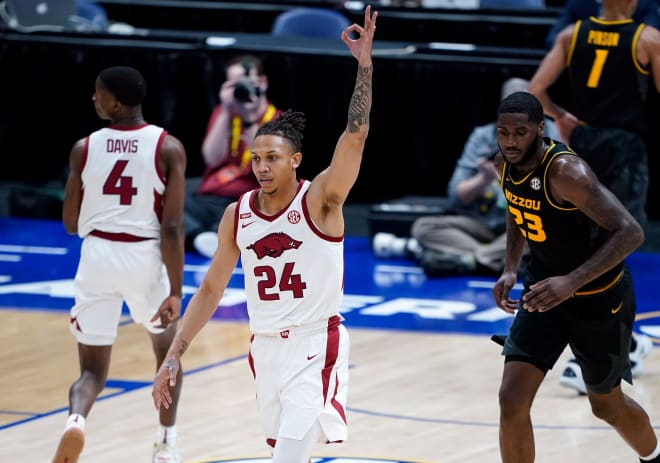 Ethan Henderson struggled to get consistent playing time in three years at Arkansas.