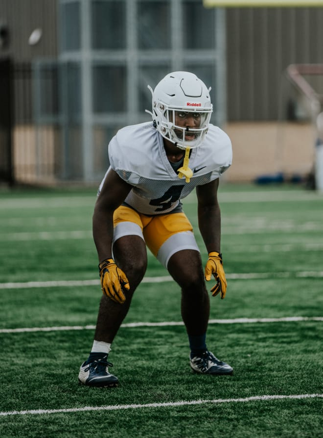 Wvsports Media Guide Provides First Glimpse Of A West Virginia Football Depth Chart