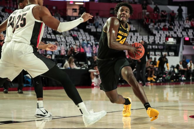 Junior forward Kobe Brown is one of just two returning upperclassmen on the Missouri roster.