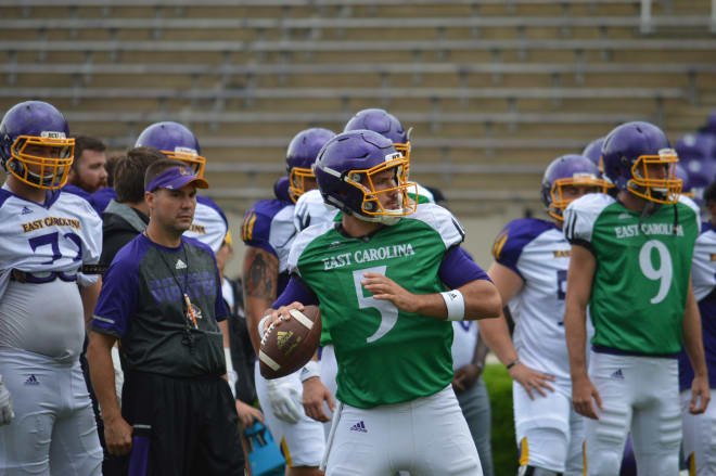 Gardner Minshew and Thomas Sirk both had solid days in the team's last scrimmage of fall camp.