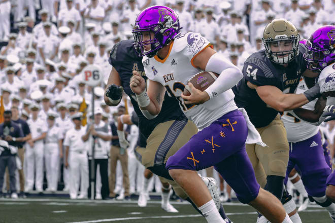 Holton Ahlers and East Carolina fall to Navy 42-10 on Saturday in Annapolis to dip to 1-2 on the season.