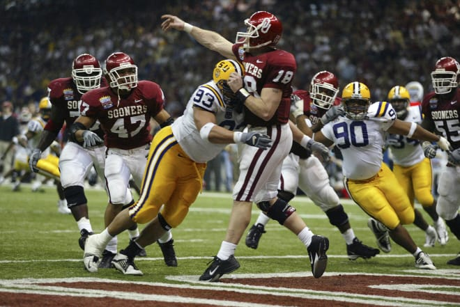 Chad Lavalais hits Jason White in the 2003 BCS National Championship game